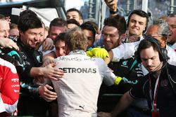 Winnaar Nico Rosberg, Mercedes AMG F1 viert in parc fermé