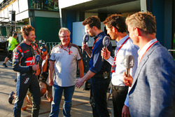 Sixth placed Romain Grosjean, Haas F1 Team with Gene Haas, Haas Automotion President; Steve Jones, Channel 4 F1 Presenter Mark Webber, Porsche Team WEC Driver and Channel 4 Presenter and David Coulthard, Red Bull Racing and Scuderia Toro Advisor and Channe