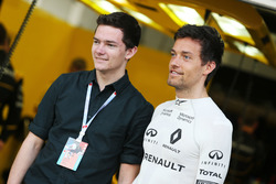 Jolyon Palmer, Renault Sport F1 Team met broer Will Palmer