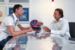 Emerson Fittipaldi gives an interview to Motorsport.com Editor in Chief Charles Bradley