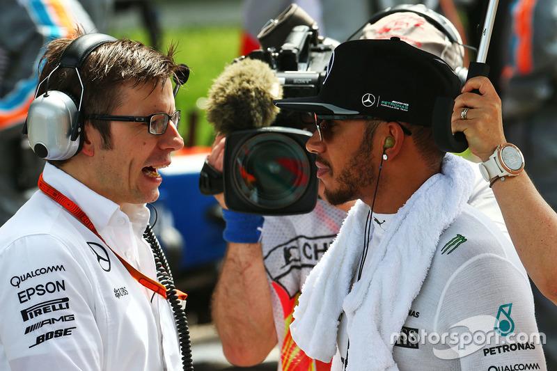 Lewis Hamilton, Mercedes AMG F1 Team en la parrilla