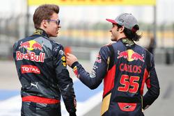 Daniil Kvyat, Red Bull Racing y Carlos Sainz Jr., Scuderia Toro Rosso
