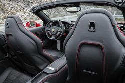 Ferrari California T HS, detay