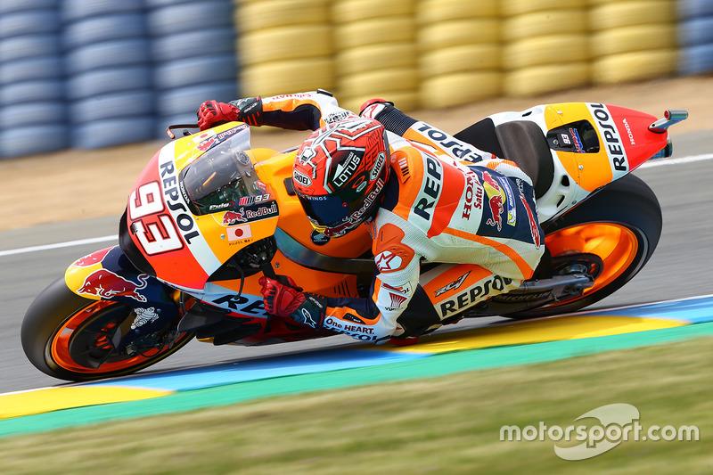 Marc Marquez lutando para melhorar sua Honda
