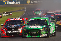 Mark Winterbottom, Prodrive Racing Australia Ford dan Garth Tander, Holden Racing Team