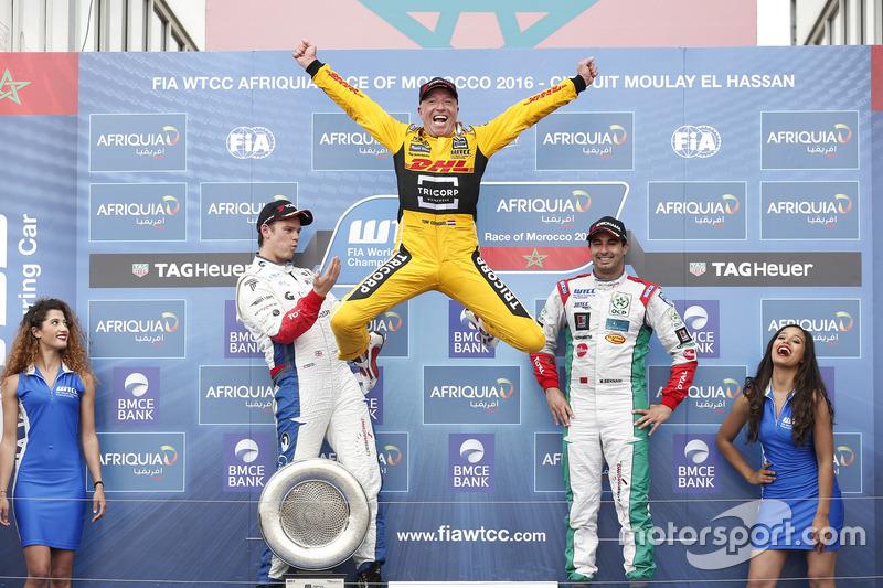 9. Sieger Tom Coronel auf dem Sprung zum nächsten Triumph