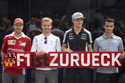 Sebastian Vettel, Nico Rosberg, Nico Hülkenberg und Pascal Wehrlein machen Werbung für den Grand Prix von Deutschland