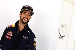 Daniel Ricciardo, Red Bull Racing sorride