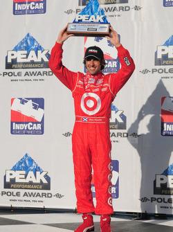 Dario Franchitti with his pole award