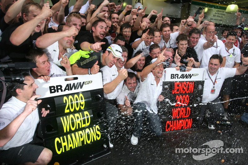 Rubens Barrichello, Brawn GP, Ross Brawn Team Principal, Brawn GP y Jenson Button, Brawn GP