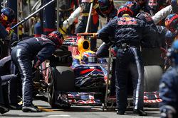 Mark Webber, Red Bull Racing, pitstop