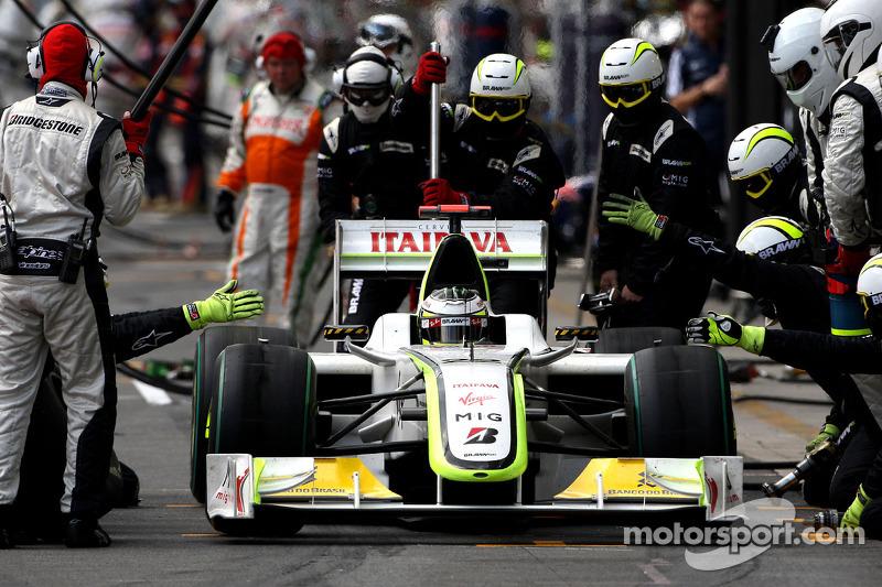 Jenson Button, BrawnGP, pitstop