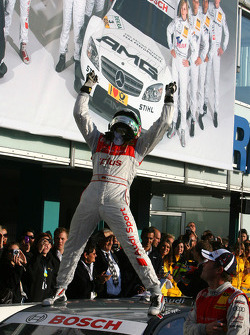 Чемпион DTM 2009 года Тимо Шайдер, Audi Sport Team Abt