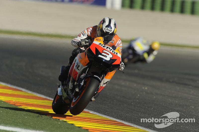 2009. Педроса домінував у цій гонці від старту до картатого прапора, випередивши двох гонщиків Yamaha. Россі фінішував через 2,6 секунди після Дані, а Лоренсо через 2,9.