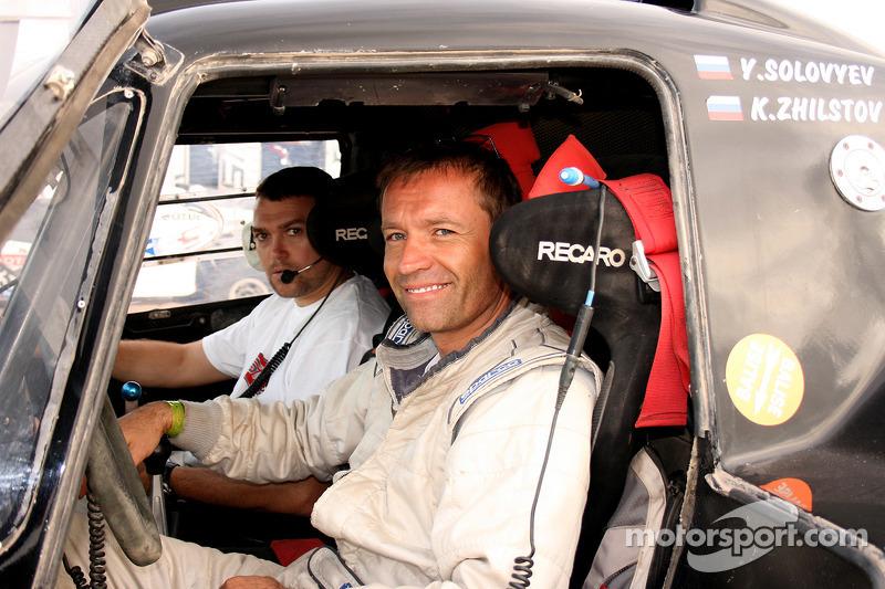 #327 SMG : Yaroslav Solovyev et Konstantin Zhiltsov