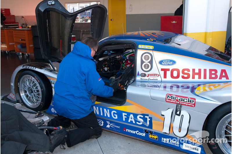 #10 SunTrust Racing Ford Dallara