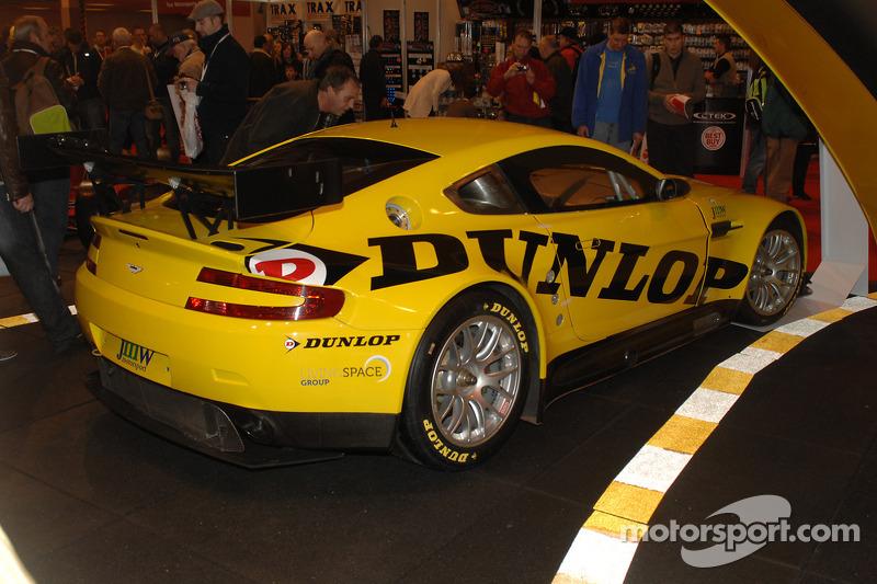 Aston Martin sponsorisée par Dunlop