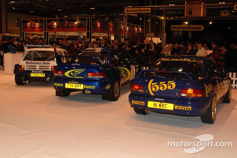 Subaru Impreza et 6R4 sur le stand Rallye