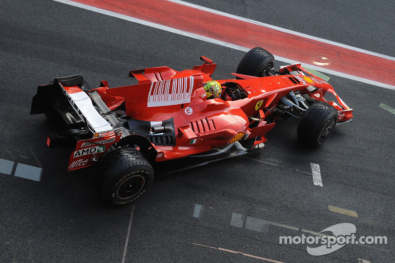 Test de Valentino Rossi con la Ferrari F2008.