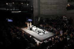 Nico Rosberg et Michael Schumacher sur la scène