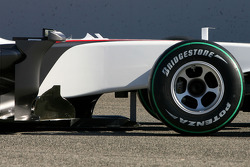 The new BMW Sauber C29, wings details