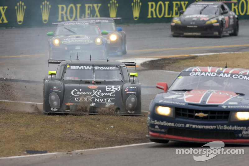 #57 Stevenson Motorsports Camaro GT.R: Andrew Davis, Robin Liddell, Jan Magnussen et #55 Crown Royal