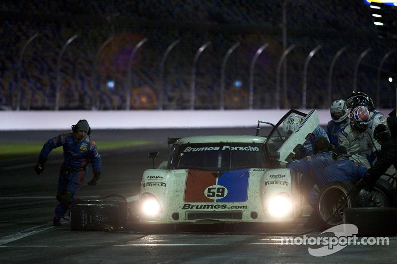 Arrêt aux stands pour #59 Brumos Racing Porsche Riley: David Donohue, Hurley Haywood, Darren Law, Bu