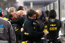 L'équipe DPR fête la 2e place de Michael Herck et la troisième de Giacomo Ricci