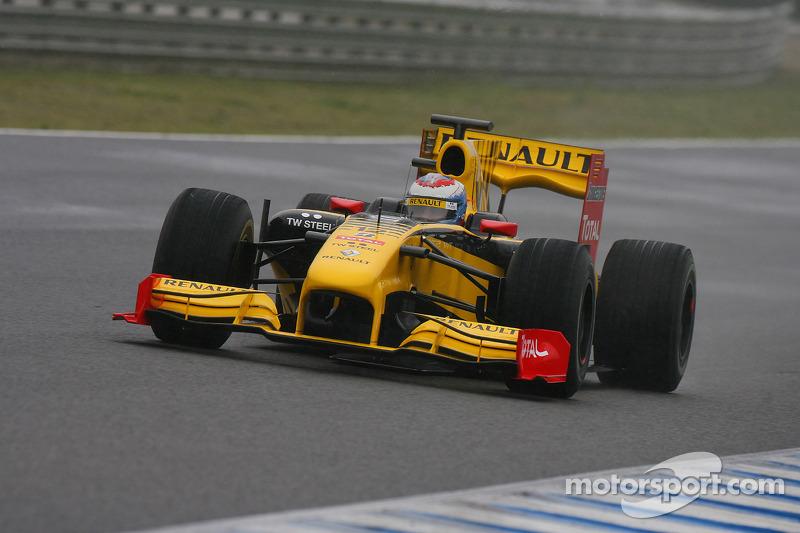 Vitaly Petrov, Renault F1 Team, R30