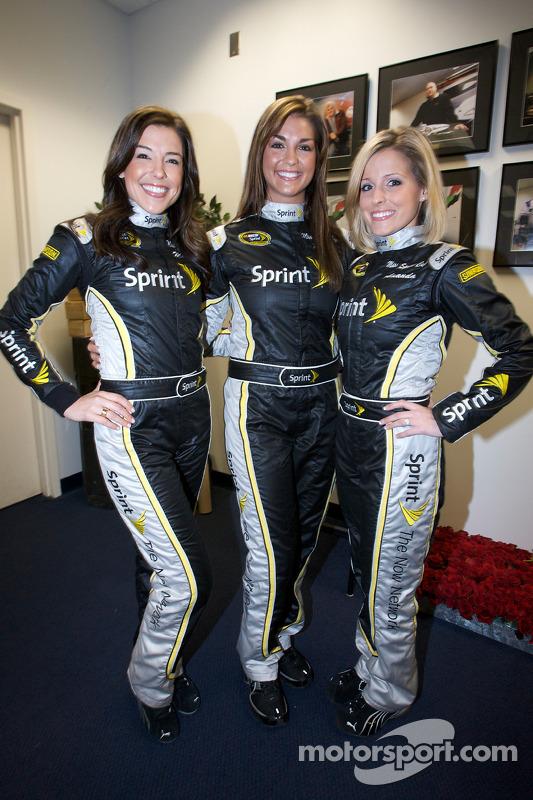 Miss Sprint Cup persconferentie: Miss Sprint Cup 2010 Monica Palumbo, Paige Duke en Amanda Wright