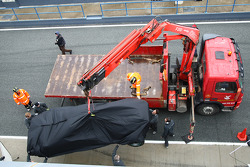 Nico Hulkenberg, Williams F1 Team, FW32 car being returned to the pits