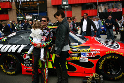 Jeff Gordon, Hendrick Motorsports Chevrolet and family