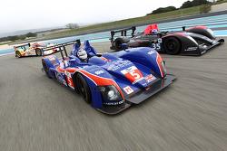 #5 Beechdean Mansell Ginetta-Zytek 09S: Nigel Mansell, Leo Mansell, Greg Mansell, #35 Oak Racing Pescarolo - Judd: Mathieu Lahaye, Guillaume Moreau