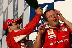 Podium: race winner Fernando Alonso, Scuderia Ferrari and Stefano Domenicali, Scuderia Ferrari Sporting Director