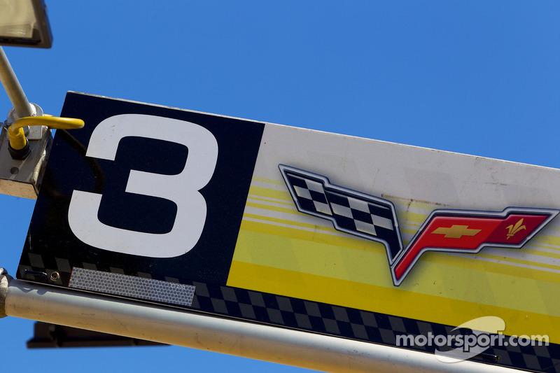 Corvette Racing pitbord