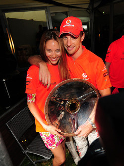 Jessica Michibata and Jenson Button, McLaren Mercedes