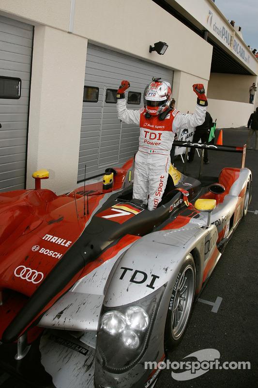 Race winnaar Rinaldo Capello