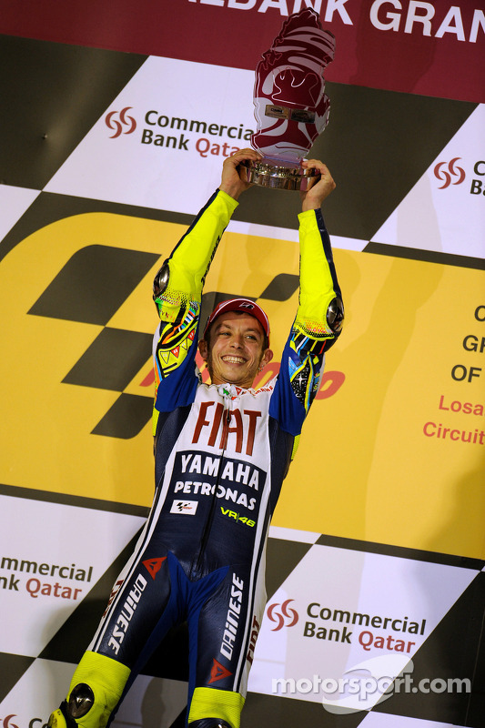 Podium: race winnaar Valentino Rossi, Fiat Yamaha Team