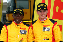 Peter Horsey Moses Matovu, Mitsubishi Lancer Evo X, Pilote star Pirelli