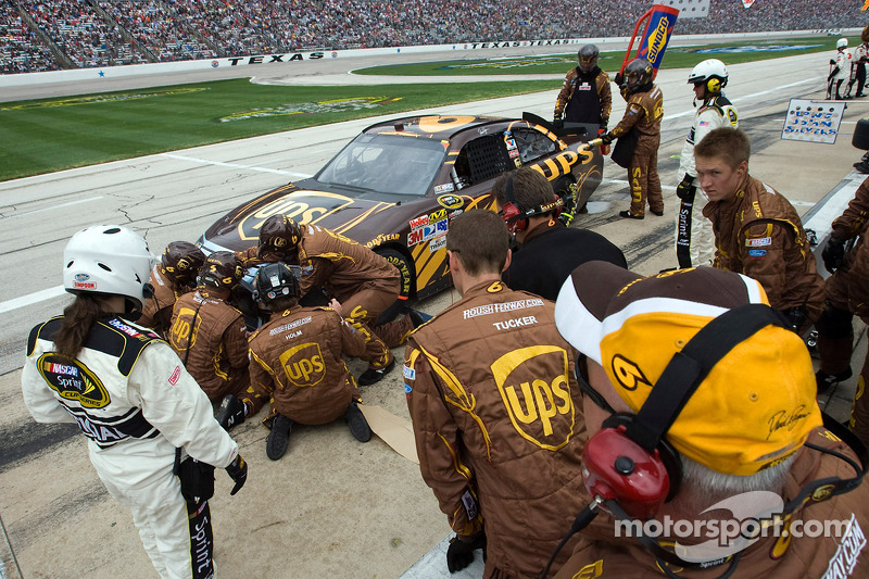 Pit stop pour David Ragan, Roush Fenway Racing Ford