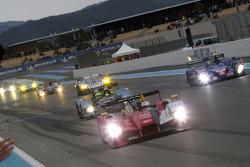 #7 Audi Sport Team Joest Audi R15 TDI: Rinaldo Capello, Allan McNish takes the checkered flag