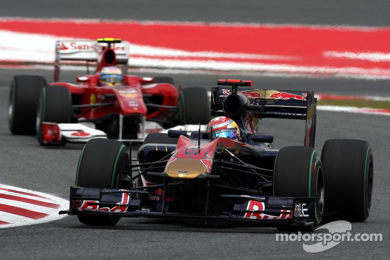 Sebastien Buemi, Scuderia Toro Rosso voor Fernando Alonso, Scuderia Ferrari