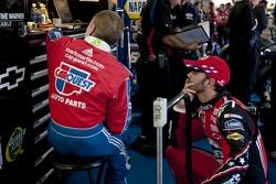 Mark Martin, Hendrick Motorsports Chevrolet et Jimmie Johnson, Hendrick Motorsports Chevrolet