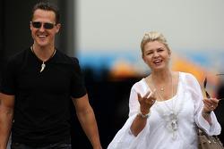 Міхаель Шумахер, Mercedes GP, Корінна Шумахер, дружина Міхаеля