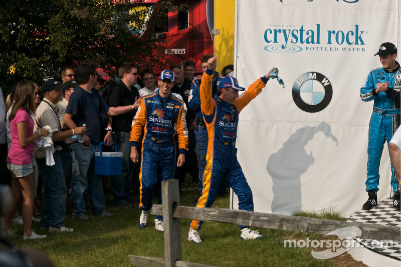 DP podium: DP winnaars #10 SunTrust Racing Ford Dallara: Max Angelelli, Ricky Taylor