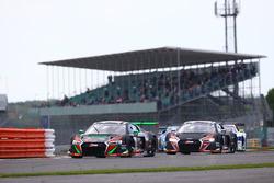 #28 Belgian Audi Club Team WRT, Audi R8 LMS: Antonio Garcia, Nico Mテシller, Will Stevens