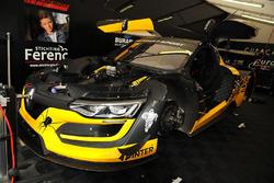 #6 V8 Racing, Renault RS01: Josh Webster, Carmen Jorda
