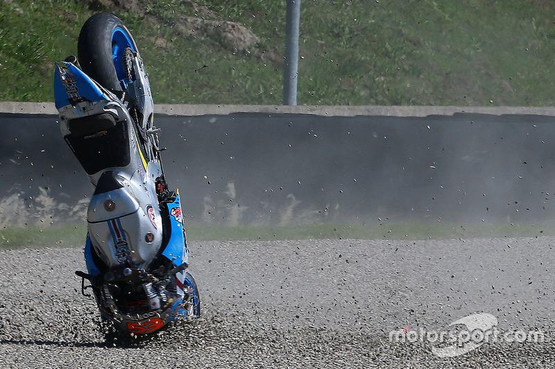 Sturz: Tito Rabat, Marc VDS Racing