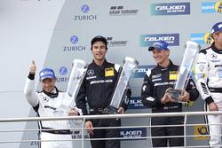 Podium: tweede  #29 AMG-Team HTP Motorsport, Mercedes-AMG GT3: Christian Vietoris, Marco Seefried, Christian Hohenadel, Renger Van der Zande