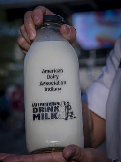 Les vainqueurs boivent du lait